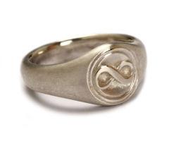 """Ring """"Liegende Acht"""""""